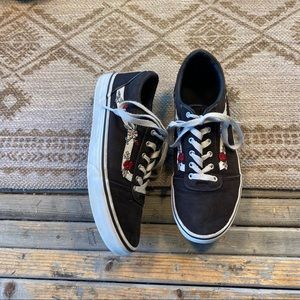Vans old skool black floral lace up sneakers sz 5